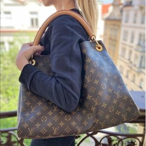 SALE TODAY!🔥ARTSY🔥 mm discontinued Louis Vuitton